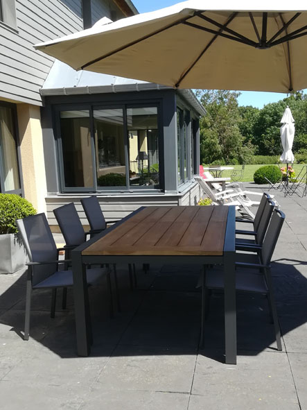 table chaises jardin terrasse